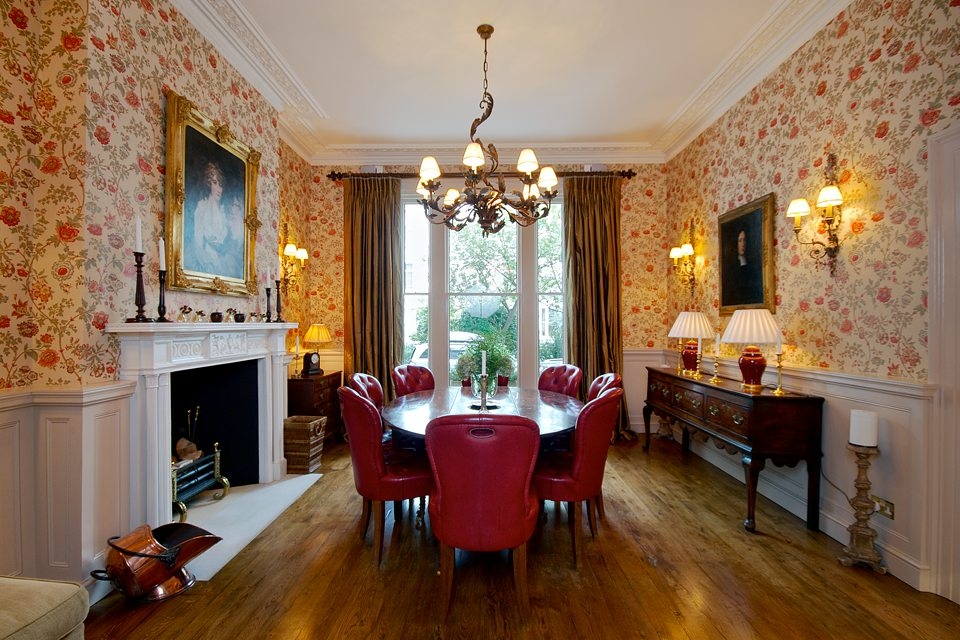 Interior architecture by high end builders and restoration experts in Kensington and Knightsbridge