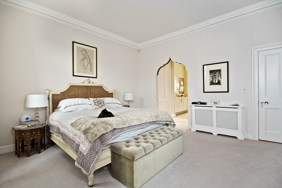 Bedrooms fitted by high end builders and restoration specialists in Chelsea and Fulham